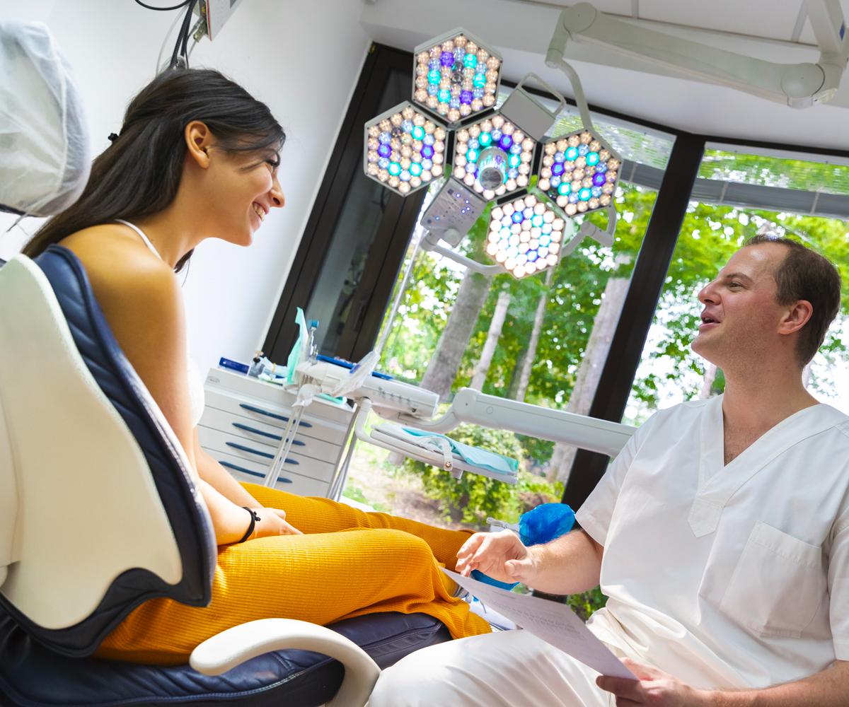 Verifichiamo periodicamente lo stato di salute dei vostri denti